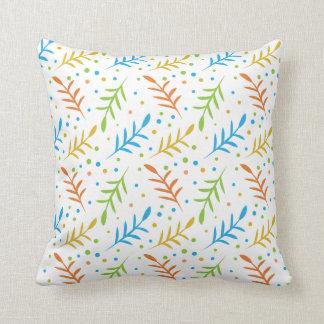 Modernes Blätter und Punkt-Muster auf Weiß Kissen