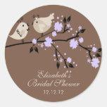 Modernes lila Liebe-Vogel-Brautparty Runder Sticker