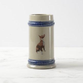 Modischer brauner und weißer Pitbullhund Bierglas