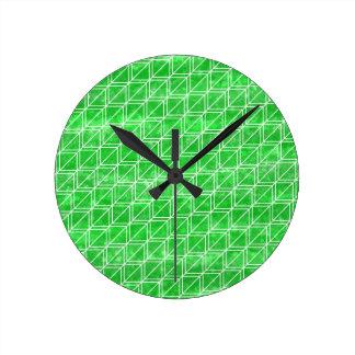 Modisches grünes Aquarell-geometrisches Muster Runde Wanduhr