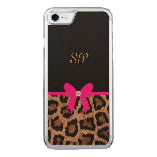 Modisches Pink-und Schwarz-Leopard-Bogen-Monogramm Carved iPhone 8/7 Hülle