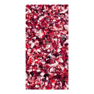 Modisches rotes und rosa gemaltes Pebble Beach Bilderkarte