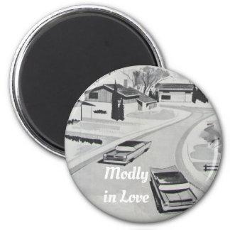 Modly in der Liebe-Mitte- des Jahrhundertsmodernen Runder Magnet 5,7 Cm