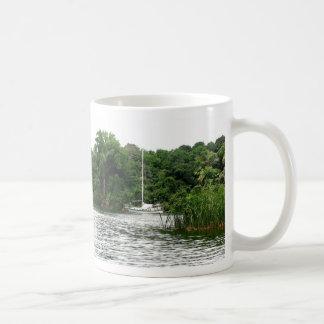 Moira am Anker, Rio Chagres, Panama Kaffeetasse