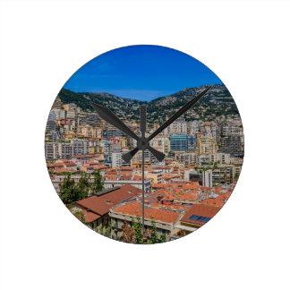 Monaco-Skyline Runde Wanduhr