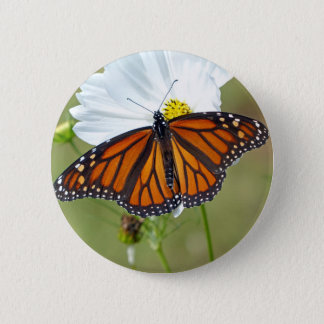 Monarch auf Kosmos Runder Button 5,7 Cm