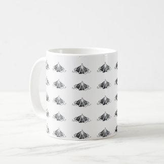 Monarch-Kontur ganz herum Kaffeetasse