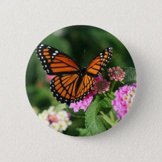Monarch-Schmetterling auf Lantana-Blume Runder Button 5,1 Cm
