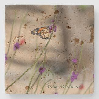 Monarch-Schmetterlings-Untersetzer (Travertin) Steinuntersetzer
