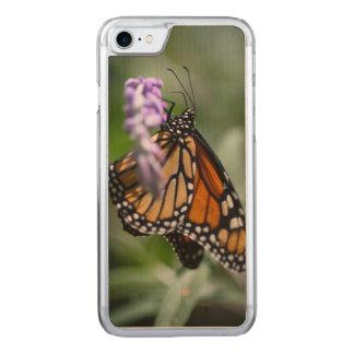 MonarchDanaus Plexippus Carved iPhone 8/7 Hülle