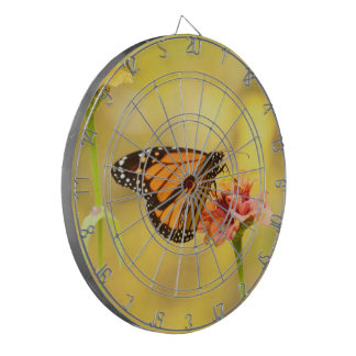 Monarchfalter auf Zinnia Dartscheibe