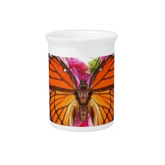 Monarchfalter-Rosa-Graue Blumengeschenke Sharles Getränke Pitcher