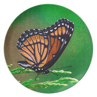 Monarchfalter-Schönheit gemalt Teller