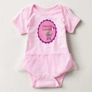 Monatsmeilenstein-Geburtstags-Partytutu-Bodysuit Baby Strampler