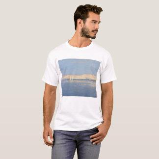 Mond, der über den Nil steigt T-Shirt