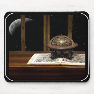 Mond mit einer Ansicht Mauspads