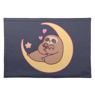 Mond-Mutter Sloth und Babys Stofftischset