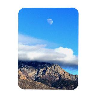 Mond und Wolken über Sandias Magnet