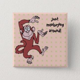 Monkeying herum quadratischer button 5,1 cm