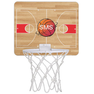 Monogramm-Basketball auf Basketballplatz Mini Basketball Ringe