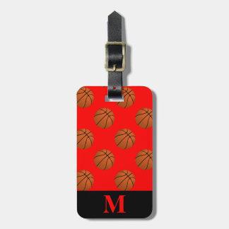 Monogramm-Brown-Basketball-Bälle auf Rot Gepäckanhänger
