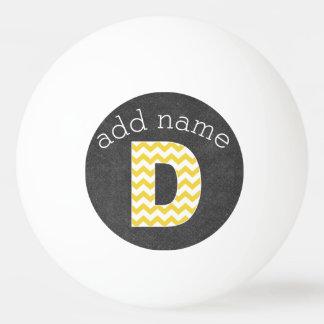 Monogramm-Buchstabe D - Tafel und gelbe Sparren Tischtennis Ball