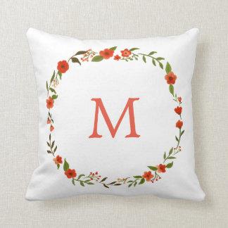 Monogramm des rotes Aquarell-BlumenKranz-| Kissen