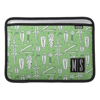 Monogramm des Skizze-Krokodil-Muster-| MacBook Sleeve