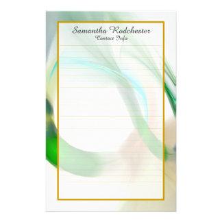 Monogramm-grüne Feder schellt fein gezeichnetes Briefpapier