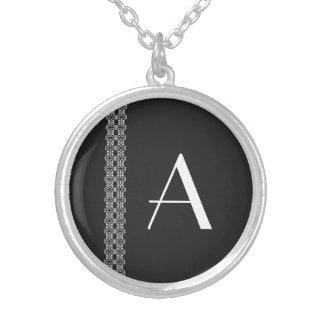 Monogramm Halskette Mit Rundem Anhänger