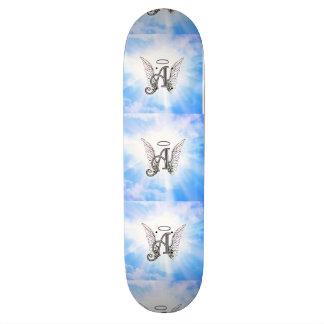 Monogramm-Initiale A, Engels-Flügel u. Halo mit Personalisierte Skateboarddecks