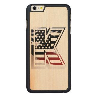 Monogramm-Initiale des Buchstabe-K patriotische Carved® Maple iPhone 6 Plus Hülle