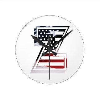 Monogramm-Initiale des Buchstabe-Z patriotische Runde Wanduhr
