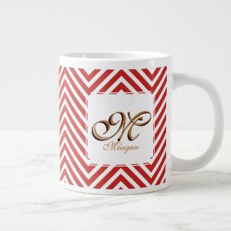 Monogramm-Initiale u. Name auf den roten u. weißen Jumbo-Tasse