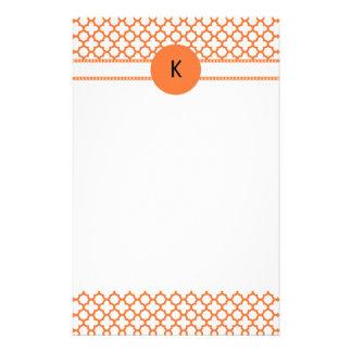 Monogramm orange Quatrefoil Muster Druckpapiere