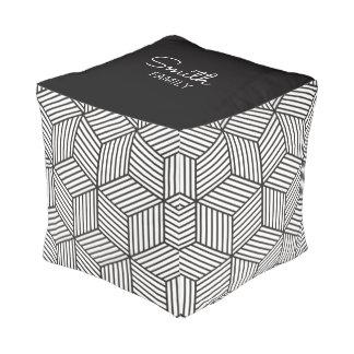 Monogramm-Reihe: GeometricPattern. Hocker