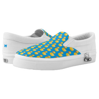 Monogramm-Reihe: Kawaii niedliches Gummiducky. Slip-On Sneaker