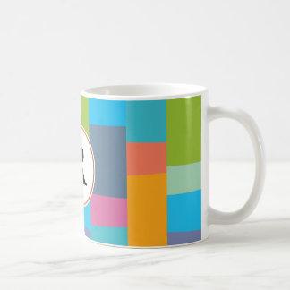 Monogramm u. buntes gemustertes kaffeetasse