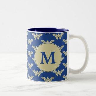 Monogramm-Wunder-Frauen-Logo-Muster Zweifarbige Tasse