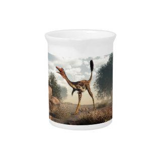 Mononykus Dinosaurier in der Wüste - 3D übertragen Getränke Pitcher