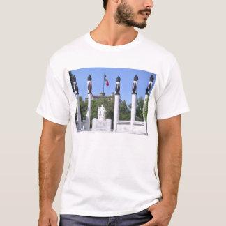 Monument zu Los Niños Héroes T-Shirt