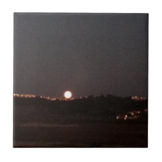 Moonrise auf den Hügeln Fliese