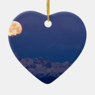Moonset über den julianischen Alpen Keramik Herz-Ornament