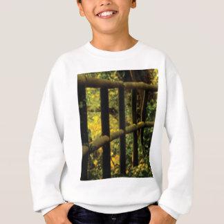 Moos auf dem Zaun Sweatshirt