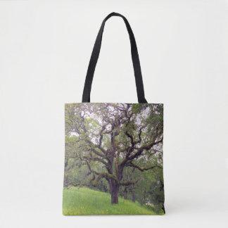 Moos bedeckte Baum Tasche