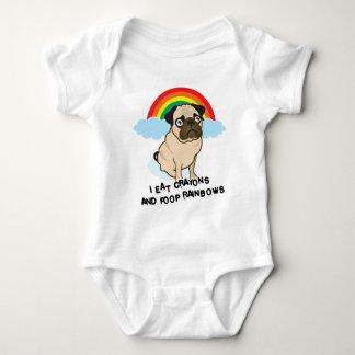 Mops lässt zum Kacken der Regenbogen zu! T - Shirt