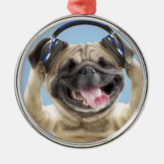 Mops mit Kopfhörern, Mops, Haustier Rundes Silberfarbenes Ornament