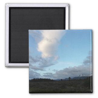 Morgen-Wolken an großartigem Teton Nationalpark Quadratischer Magnet