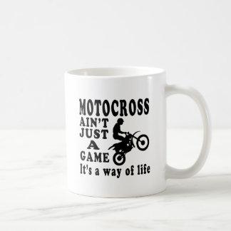 Motocross ist nicht gerade ein Spiel, das es eine Kaffeetasse