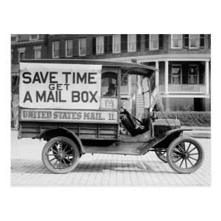 Motorisierter Post-Lastwagen durch die Postkarte